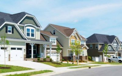 Mortgage rates stay near all-time low, but comparison-shopping's a must